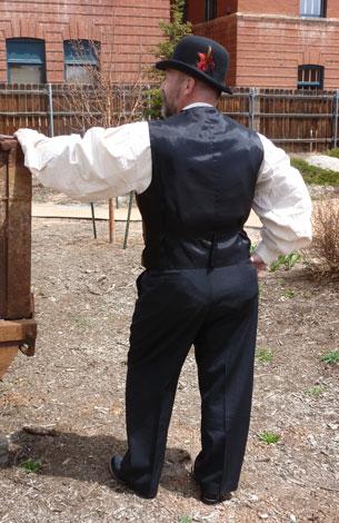 https://rivercrossinginc.tripod.com/catalogue/cowboy_shirt_western_2.jpg