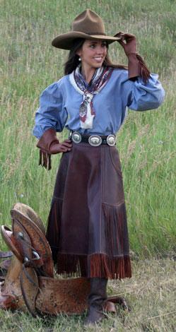 http://rivercrossinginc.tripod.com/catalogue/cowboy_shirt_western_kara.jpg