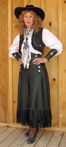 Split Riding Skirt ensemble on Sloan Easy