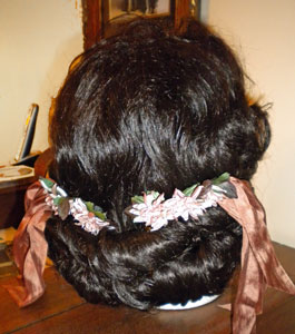 Civil War Victorian wig in evening style