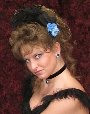 Kitty Darling in Victorian Wig in Saloon Girl style