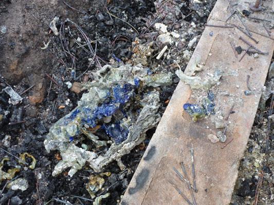 http://rivercrossinginc.tripod.com/firepictures/bottles2.jpg