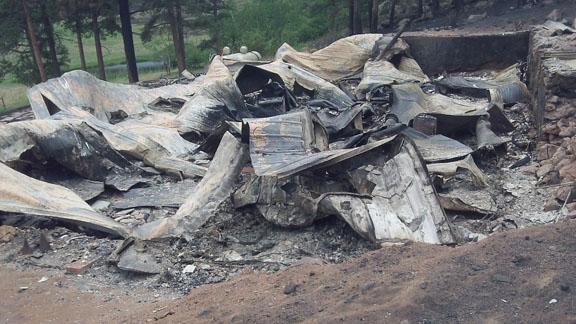 https://rivercrossinginc.tripod.com/firepictures/burnthouse.jpg